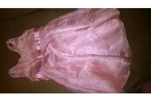 б/у Дитячі бальні плаття