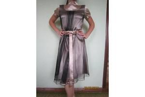 б/в Детские нарядные платья