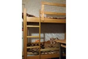 б/у Двухъярусные детские кровати