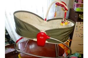 б/у Детские кроватки для новорожденных Tiny Love