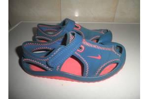 б/у Детские босоножки Adidas
