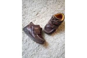 б/в Дитячі демісезонні черевики Clarks