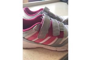 б/у Детские кроссовки Adidas