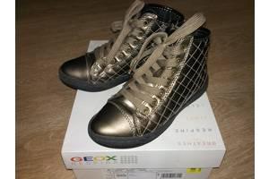 Новые Детские демисезонные ботинки Geox