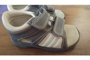 Новые Детские сандалии Adidas