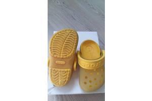 б/у Детские шлепанцы Crocs