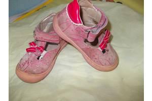 б/у Детские туфли