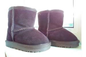 б/в Дитяче взуття UGG