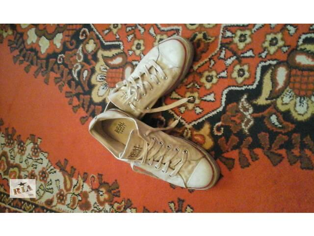купить бу Мужская обувь в Жидачове