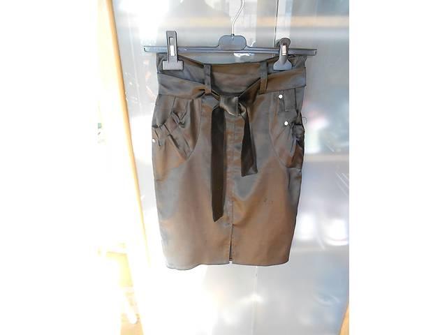 купить бу Черная классическая юбка в Львове