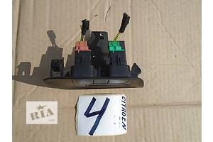 б/у Внутренние компоненты кузова Citroen C4