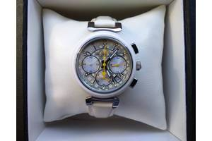 Новые Наручные часы женские Louis Vuitton