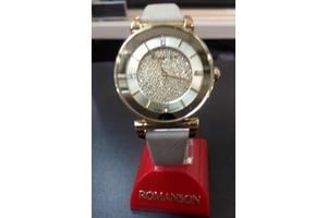 Новые Наручные часы женские Romanson