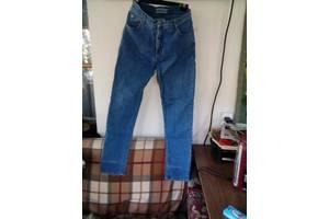 б/в Жіночі джинси Amisu