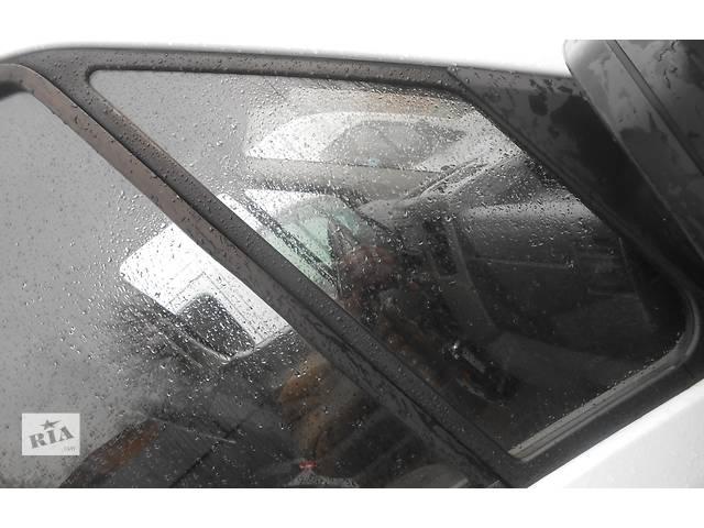 купить бу Cтекло двери передней маленькое, треугольник Mercedes Sprinter 906 903 ( 2.2 3.0 CDi) 215, 313, 315, 415, 218, 318 00-12 в Ровно