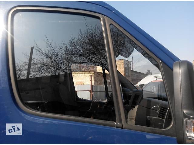 купить бу Cтекло двери передней, скло дверей Фольксваген Крафтер Volkswagen Crafter 2006-10гг. в Ровно