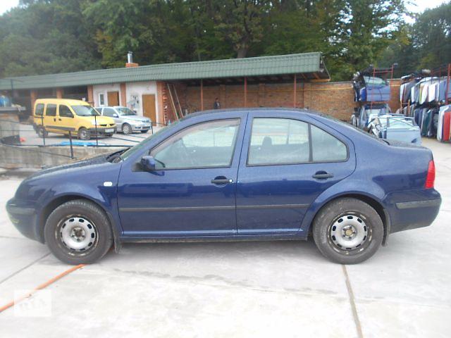 купить бу Cтекло двери для седана Volkswagen Bora 2000 в Львове