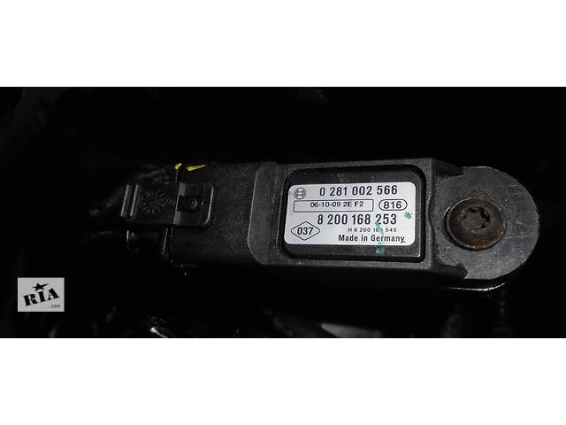 бу Датчик давление наддува 2.5 dci 8200155613 BOSCH 0281002552 Renault Trafic Рено Трафик Opel Vivaro Опель Виваро в Ровно