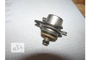 б/у Датчик давления топлива в рейке Volkswagen Golf IV
