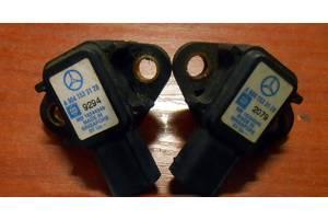 б/у Датчики давления топлива в рейке Mercedes Vito груз.