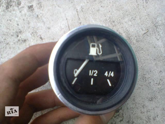 бу Датчик уровня топлива для ВАЗ 2106 в Сарнах