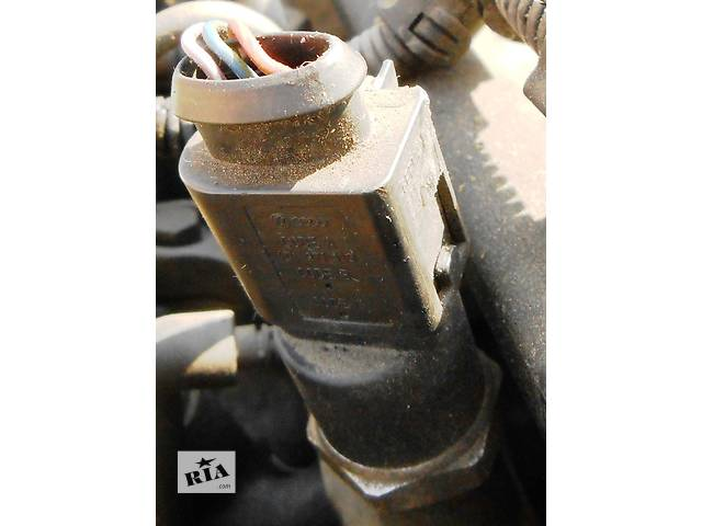 бу Датчик в топливную рейку Фольксваген ЛТ Volkswagen LT 2.5 TDi (80 Кв), 2.8 CDi в Ровно