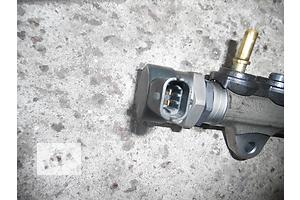 б/у Датчик давления топлива в рейке Renault Trafic