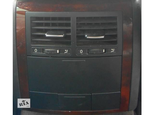 купить бу Дефлектор в подлокотник Volkswagen Touareg Туарег в Ровно