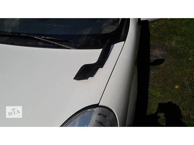 бу Декоративная накладка лобового стекла правая Renault Kangoo 2 II 2008-  8200439448 в Луцке