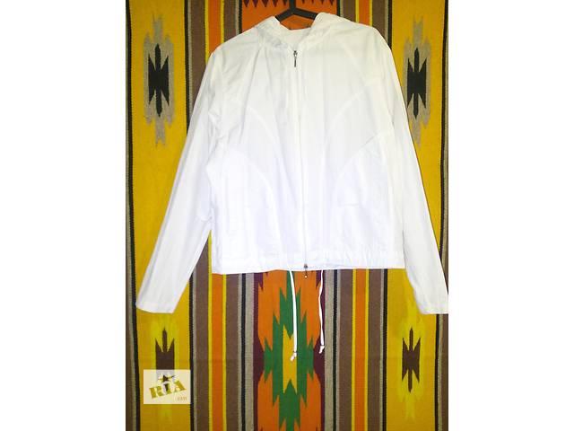 Дёшево продам лёгкую белую кофту с капюшоном. Хорошее состояние.- объявление о продаже  в Кривом Роге