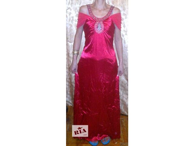 продам Дешево продается вечернее красное платье в пол бу в Киеве
