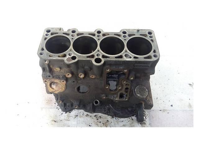 купить бу Детали двигателя Блок двигателя Mercedes 190 1.8 в Ужгороде