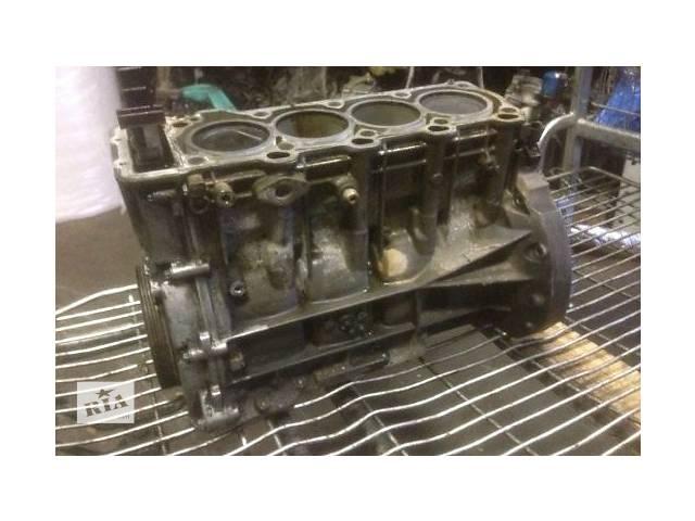 продам Детали двигателя Блок двигателя Mercedes C-Class 2.8 бу в Ужгороде