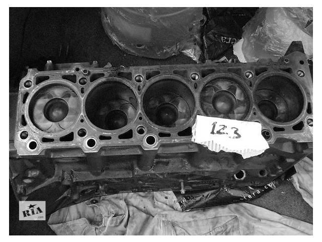 купить бу Детали двигателя Блок двигателя Mercedes Sprinter 2.7 CDI в Ужгороде