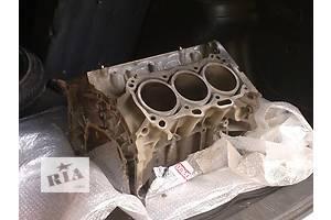 б/у Блок двигателя Renault 25