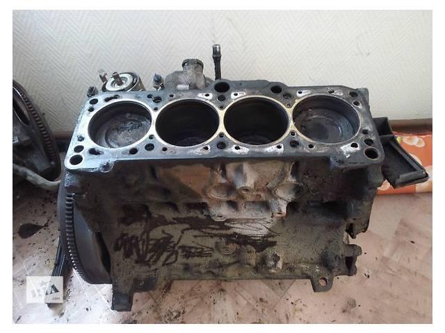 купить бу Детали двигателя Блок двигателя Volkswagen Golf II 1.8 в Ужгороде