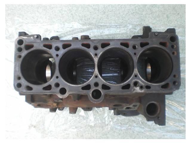 купить бу Детали двигателя Блок двигателя Volkswagen Passat 1.6 в Ужгороде