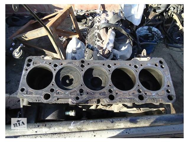 купить бу Детали двигателя Блок двигателя Volkswagen Passat 2.5 TDi в Ужгороде