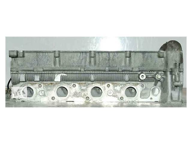 купить бу Детали двигателя Головка блока Ford Mondeo 2.2 в Ужгороде
