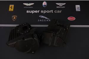 Корпус масляного фильтра Aston Martin V12
