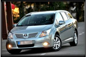 Фары Toyota Avensis