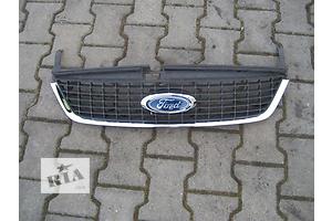Решётка бампера Ford Kuga