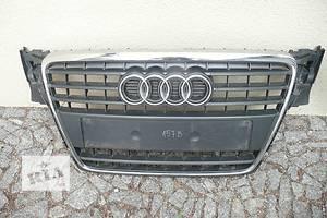 Решётки радиатора Audi A4