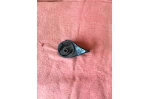 Подушка мотора Mazda 323