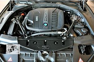 б/у Генератор/щетки BMW 630