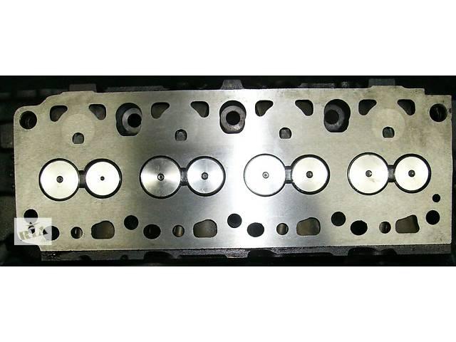 купить бу Детали двигателя Головка блока Легковой Ford Fiesta 1.8 в Львове