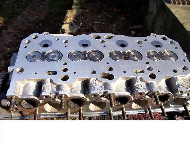 Детали двигателя Головка блока Легковой Mitsubishi Galant 1.8d/td 2.0d/td 4D65 4D68- объявление о продаже  в Львове