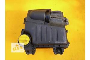Маслозаливная горловина Renault Trafic