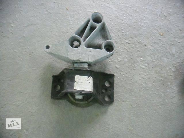 купить бу Детали двигателя Подушка мотора Легковой Renault Megane III в Ивано-Франковске