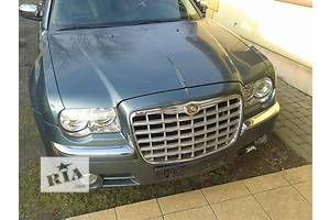 Фара Chrysler 300